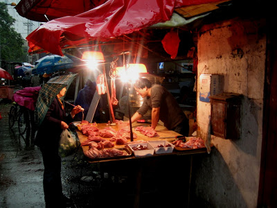 Fish vendor in Nanshi Market in Shanghai