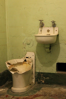 Toilet and wash basin in cell at Alcatraz
