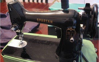Singer Sewing Machine from the 1950s